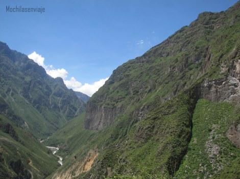 Primeras vistas del Valle y del Colca.