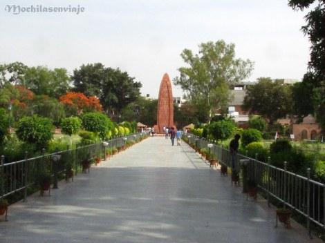 Monumento a la masacre de Amritsar. (Jallianwala Bagh)