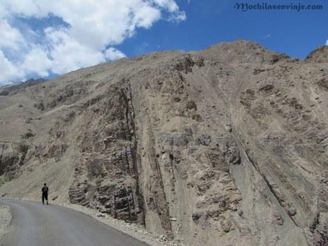 El camino asfaltado