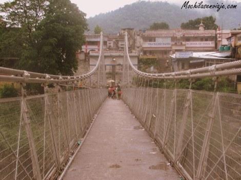 Puente de Lakshman Juhla