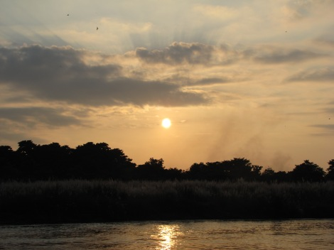 Si algo nos regaló Chitwan, fueron hermosos atardeceres
