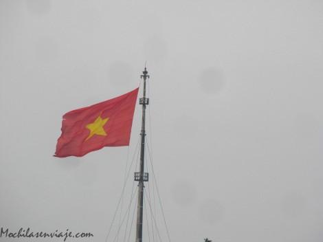 Bandera Vietnam en Hue